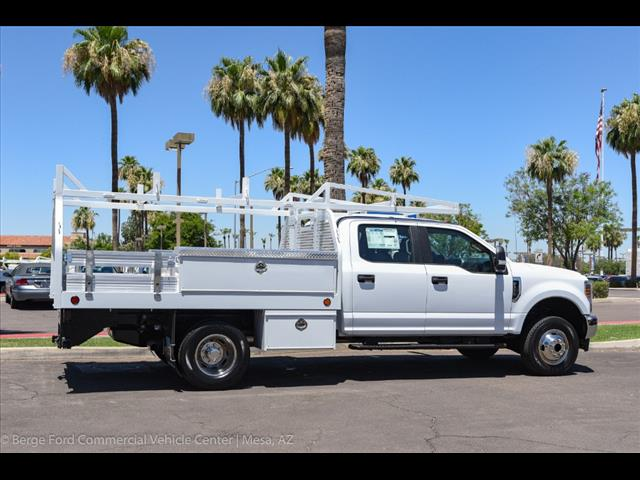 2018 F-350 Crew Cab DRW 4x4,  Royal Contractor Bodies Contractor Body #18P150 - photo 14