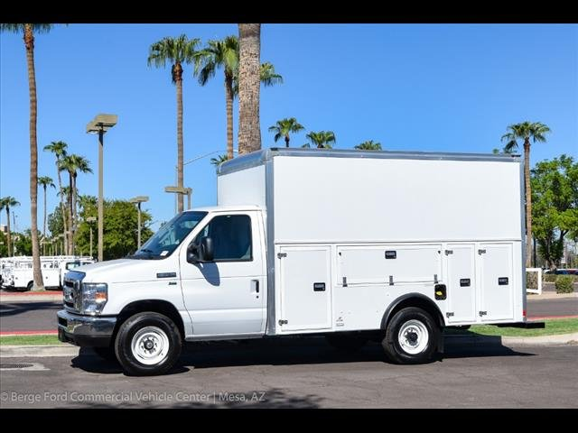 2018 E-350 4x2,  Supreme Cutaway Van #18P350 - photo 3