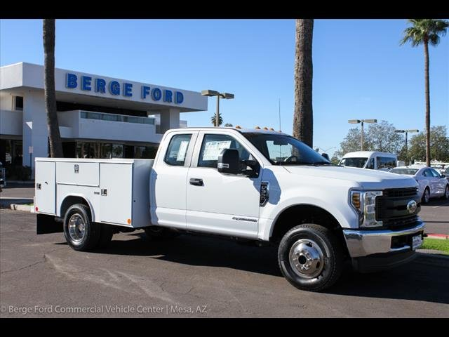 2018 F-350 Super Cab DRW 4x4,  Reading Service Body #18P560 - photo 10
