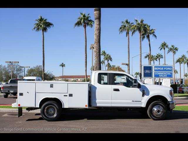 2018 F-350 Super Cab DRW 4x4,  Reading Service Body #18P560 - photo 8