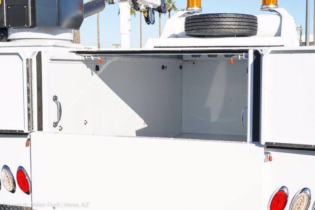 2019 F-550 Super Cab DRW 4x4, Milron Aluminum Service Body #19F097 - photo 10