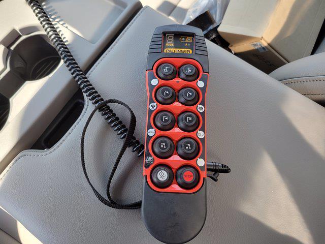 2019 F-550 Regular Cab DRW 4x2,  Milron Service Body #19P600 - photo 25