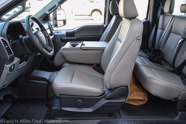 2020 Ford F-550 Super Cab DRW 4x2, Royal Contractor Body #20P294 - photo 22