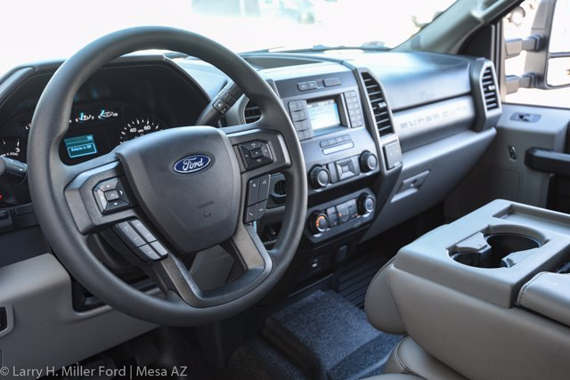 2020 Ford F-550 Super Cab DRW 4x2, Royal Contractor Body #20P294 - photo 23