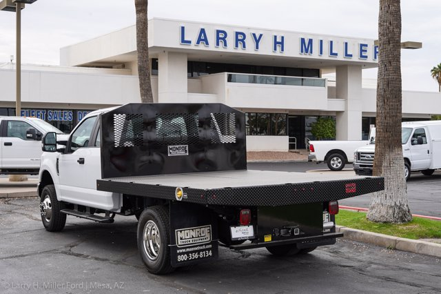 2020 Ford F-350 Super Cab DRW 4x4, Monroe Work-A-Hauler II Platform Body #20P382 - photo 2