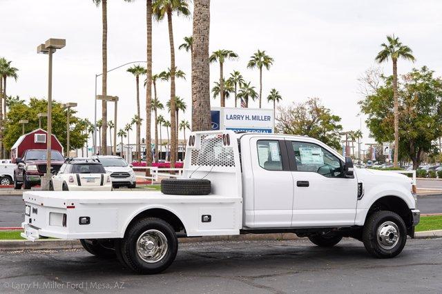 2020 Ford F-350 Super Cab DRW 4x4, Knapheide PGNC Gooseneck Platform Body #20P436 - photo 13