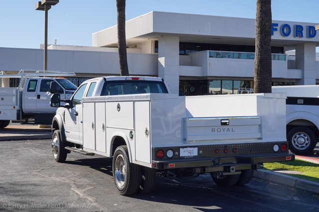2020 Ford F-450 Super Cab DRW 4x4, Royal Service Body #20P443 - photo 1