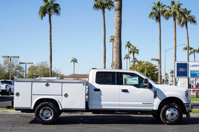 2020 Ford F-350 Crew Cab DRW 4x4, Royal Service Body #20P447 - photo 14
