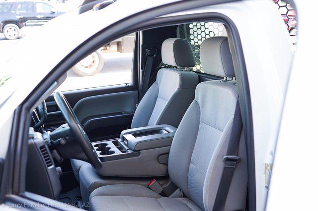 2018 Chevrolet Silverado 3500 Regular Cab DRW 4x4, Platform Body #20P483A - photo 14