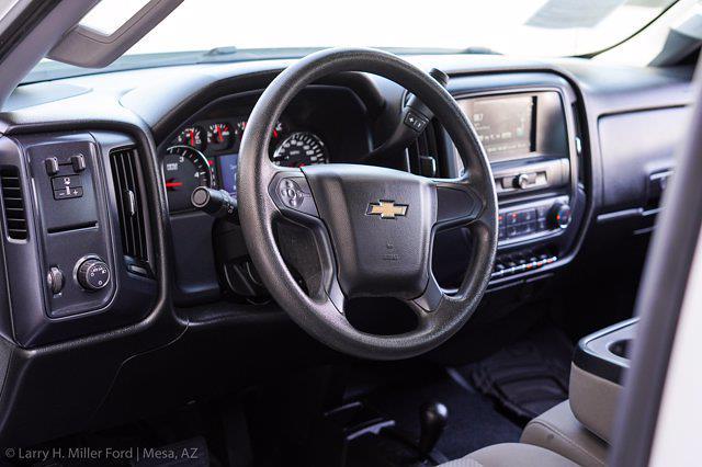 2018 Chevrolet Silverado 3500 Regular Cab DRW 4x4, Platform Body #20P483A - photo 15