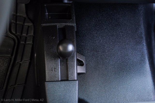 2018 Chevrolet Silverado 3500 Regular Cab DRW 4x4, Platform Body #20P483A - photo 19