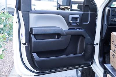 2018 Chevrolet Silverado 3500 Regular Cab DRW 4x4, Platform Body #20P483A - photo 12