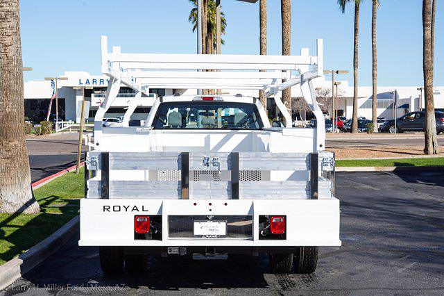 2021 Ford F-450 Crew Cab DRW 4x2, Royal Service Combo Body #21P024 - photo 9