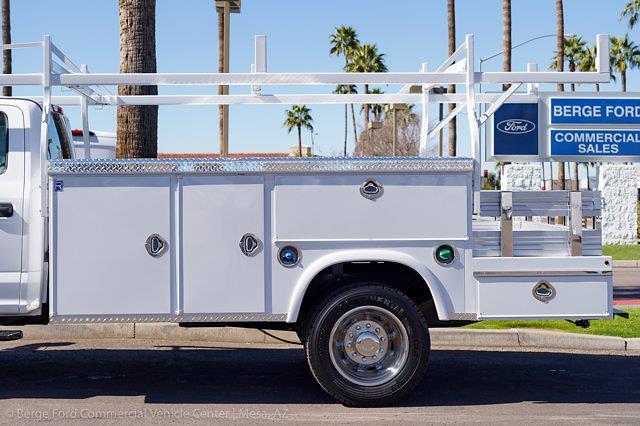 2021 Ford F-450 Crew Cab DRW 4x4, Royal Truck Body Service Combo Body #21P075 - photo 5