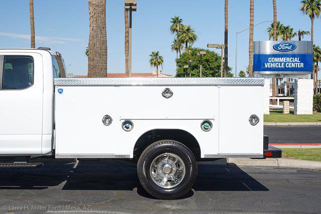 2021 Ford F-350 Super Cab DRW 4x4, Royal Truck Body Service Body #21P083 - photo 5