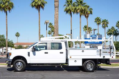 2021 Ford F-350 Crew Cab DRW 4x4, Royal Truck Body Contractor Body #21P088 - photo 3