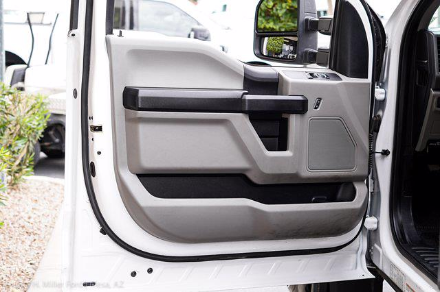 2018 Ford F-550 Regular Cab DRW 4x2, Knapheide Value-Master X Platform Body #21P097A - photo 14