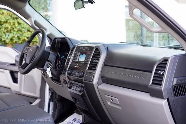 2021 Ford F-550 Regular Cab DRW 4x2, Royal Truck Body Service Body #21P167 - photo 26