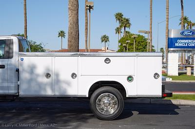 2021 Ford F-550 Regular Cab DRW 4x2, Royal Truck Body Service Body #21P167 - photo 6