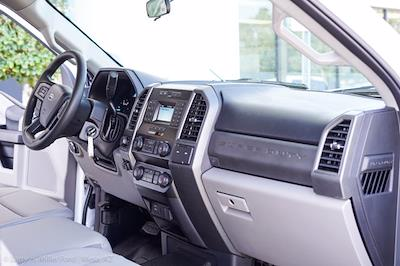 2021 Ford F-550 Crew Cab DRW 4x4, Knapheide PGNC Gooseneck Platform Body #21P223 - photo 27
