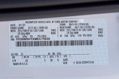 2021 Ford F-550 Crew Cab DRW 4x4, Knapheide PGNC Gooseneck Platform Body #21P223 - photo 30
