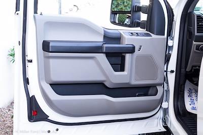 2021 Ford F-350 Super Cab DRW 4x4, Royal Truck Body Service Body #21P346 - photo 18