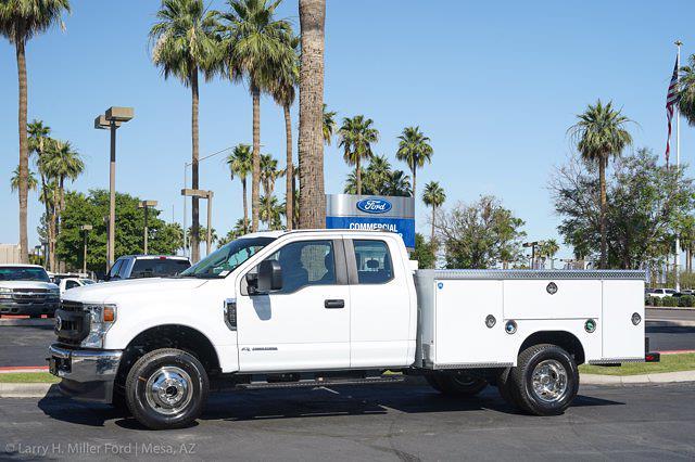 2021 Ford F-450 Super Cab DRW 4x4, Royal Truck Body Contractor Body #21P358 - photo 3