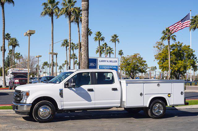 2021 Ford F-350 Crew Cab DRW 4x2, Royal Truck Body Service Body #21P377 - photo 3