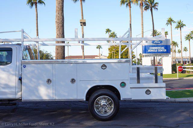 2021 Ford F-550 Super Cab DRW 4x4, Royal Truck Body Utility Crane Body Mechanics Body #21P407 - photo 5