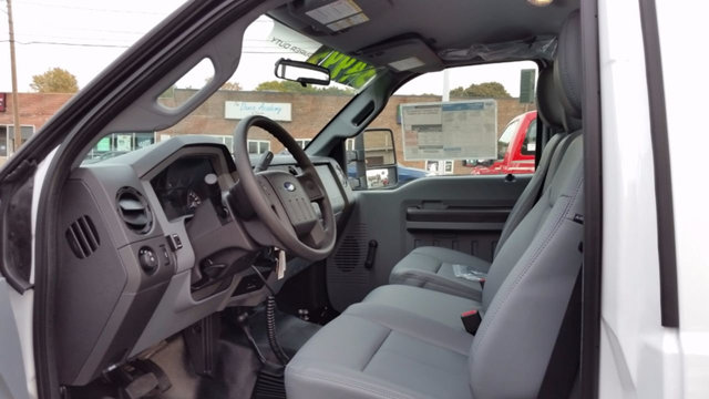 2016 F-250 Regular Cab 4x4, Pickup #161229 - photo 7