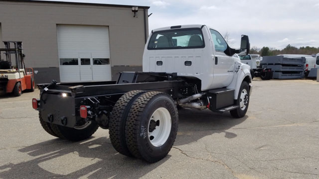2017 F-650 Regular Cab, Cab Chassis #171323 - photo 4