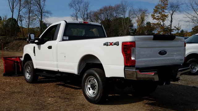 2017 F-350 Regular Cab 4x4 Pickup #173780 - photo 2