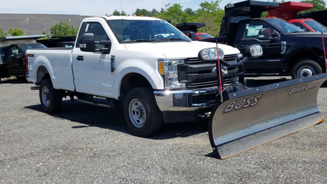 2017 F-350 Regular Cab 4x4 Pickup #17617 - photo 3