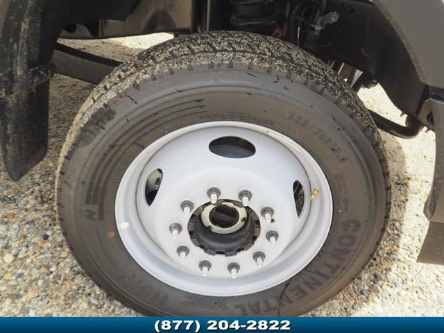 2018 F-550 Regular Cab DRW 4x4,  Cab Chassis #181471 - photo 3