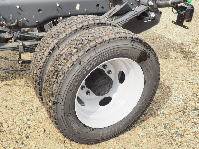 2018 F-550 Regular Cab DRW 4x4,  Cab Chassis #181471 - photo 5