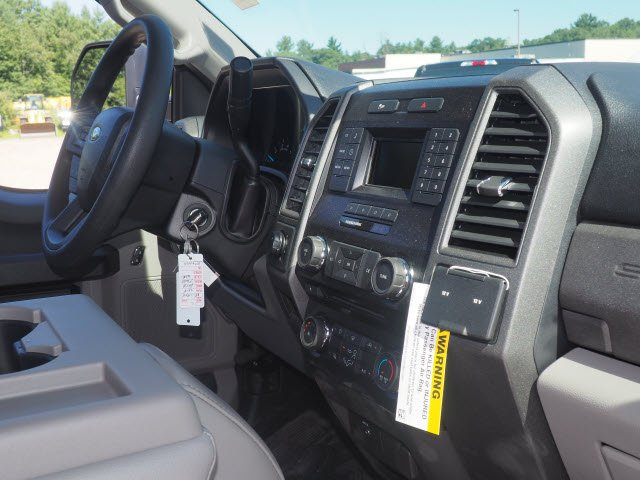 2018 F-250 Regular Cab 4x4,  Pickup #181808 - photo 7