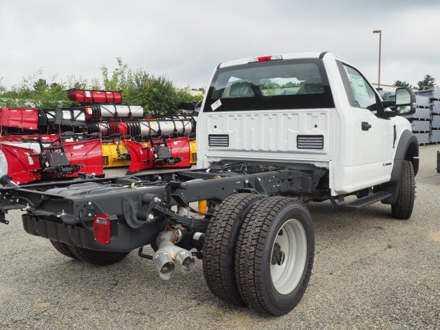 2018 F-450 Regular Cab DRW 4x4,  Cab Chassis #181860 - photo 2
