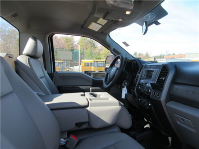 2018 F-550 Regular Cab DRW 4x4,  Cab Chassis #18652 - photo 14