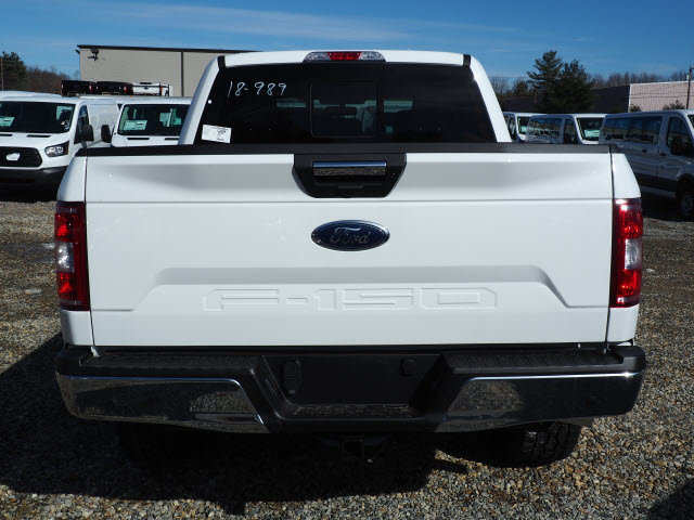 2018 F-150 SuperCrew Cab 4x4, Pickup #18989 - photo 3