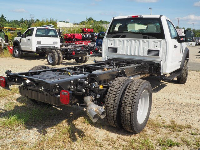 2019 F-550 Regular Cab DRW 4x4,  Cab Chassis #19086 - photo 2