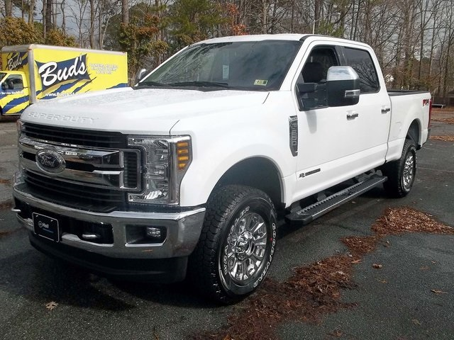 2018 F-250 Crew Cab 4x4, Pickup #589125 - photo 1
