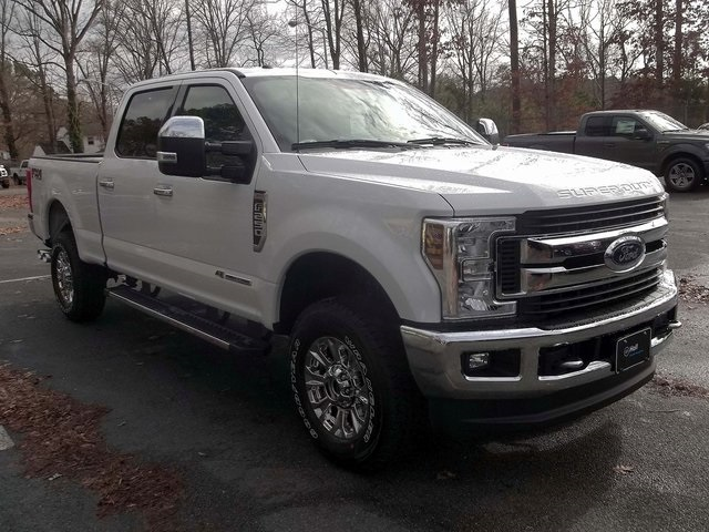 2018 F-250 Crew Cab 4x4, Pickup #589125 - photo 3