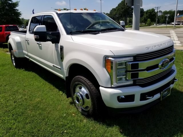 2018 F-350 Crew Cab DRW 4x4,  Pickup #589213 - photo 3