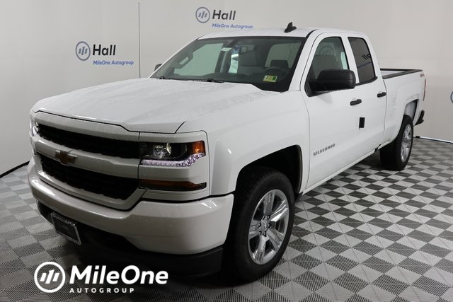 2018 Silverado 1500 Double Cab 4x4, Pickup #1482220 - photo 1