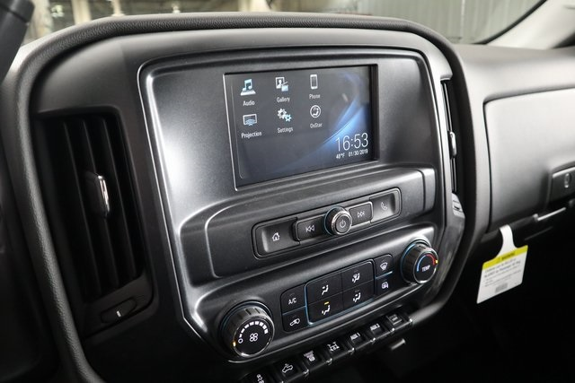2019 Silverado 3500 Crew Cab DRW 4x4,  Reading Service Body #14C157533 - photo 19