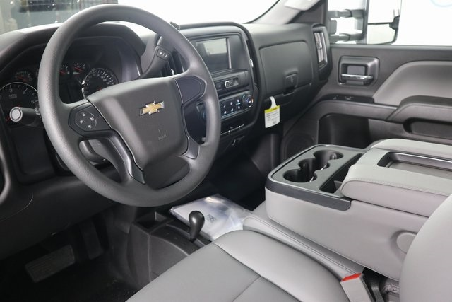 2019 Silverado 3500 Crew Cab DRW 4x4,  Reading Service Body #14C162087 - photo 13
