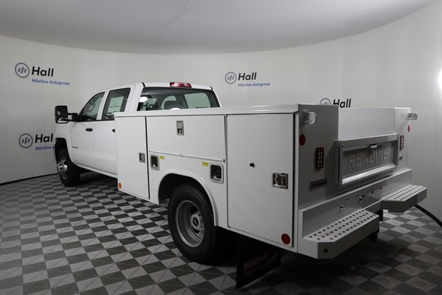 2019 Silverado 3500 Crew Cab DRW 4x4,  Reading Service Body #14C162087 - photo 2
