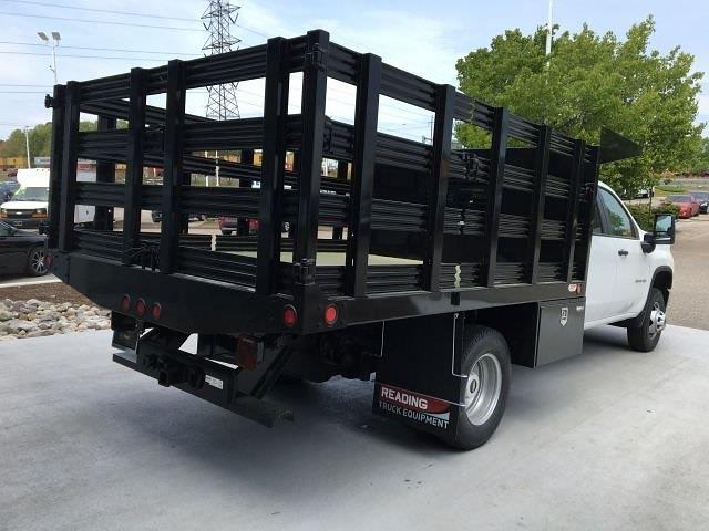 2021 Silverado 3500 Crew Cab 4x4,  Blue Ridge Manufacturing (Freedom) Workhorse Stake Bed #14C197432 - photo 4