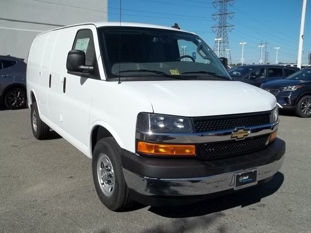 2017 Express 2500 Cargo Van #14C340394 - photo 4