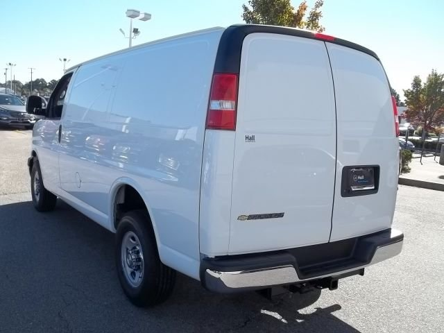 2017 Express 2500 Cargo Van #14C340394 - photo 2